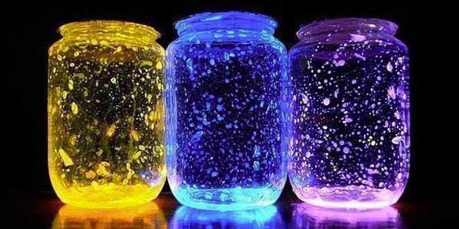 Frascos fluorescentes con glow sticks partylus